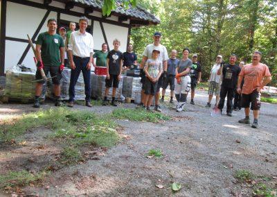 Foto 3 Besuch BM Paleit Waldhütte